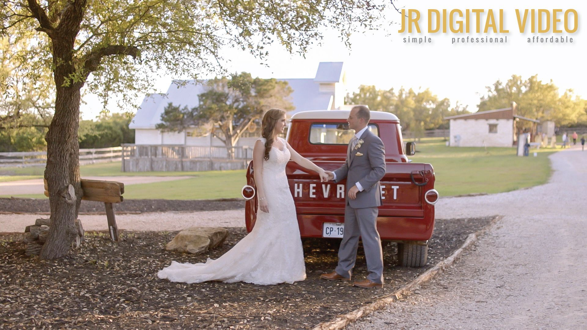 Alura + Joshua | Austin, Texas | Twisted Ranch